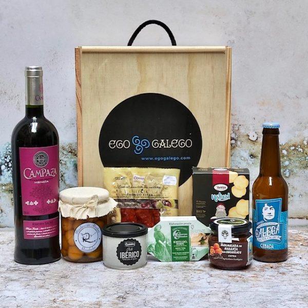 Ameneiro. Lote de Navidad de productos procedentes de Galicia