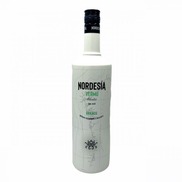 Vermut Nordesía blanco elaborado en Galicia